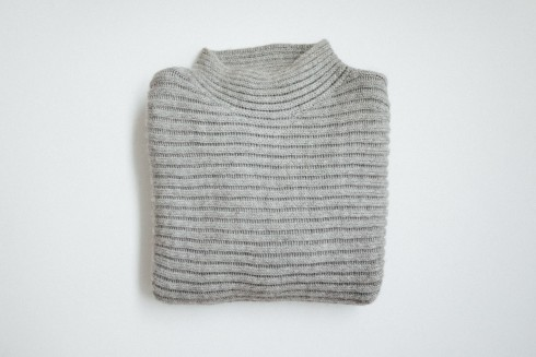 F I G T N Y HELMUT LANG ARTICULATED SWEATER