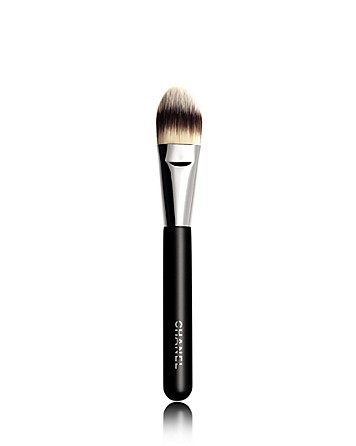 Chanel Beauty | Brush