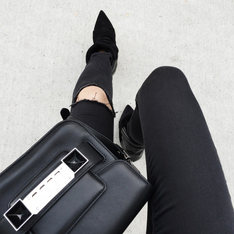 figtny.com | Topshop Moto Leigh Ripped Jeans