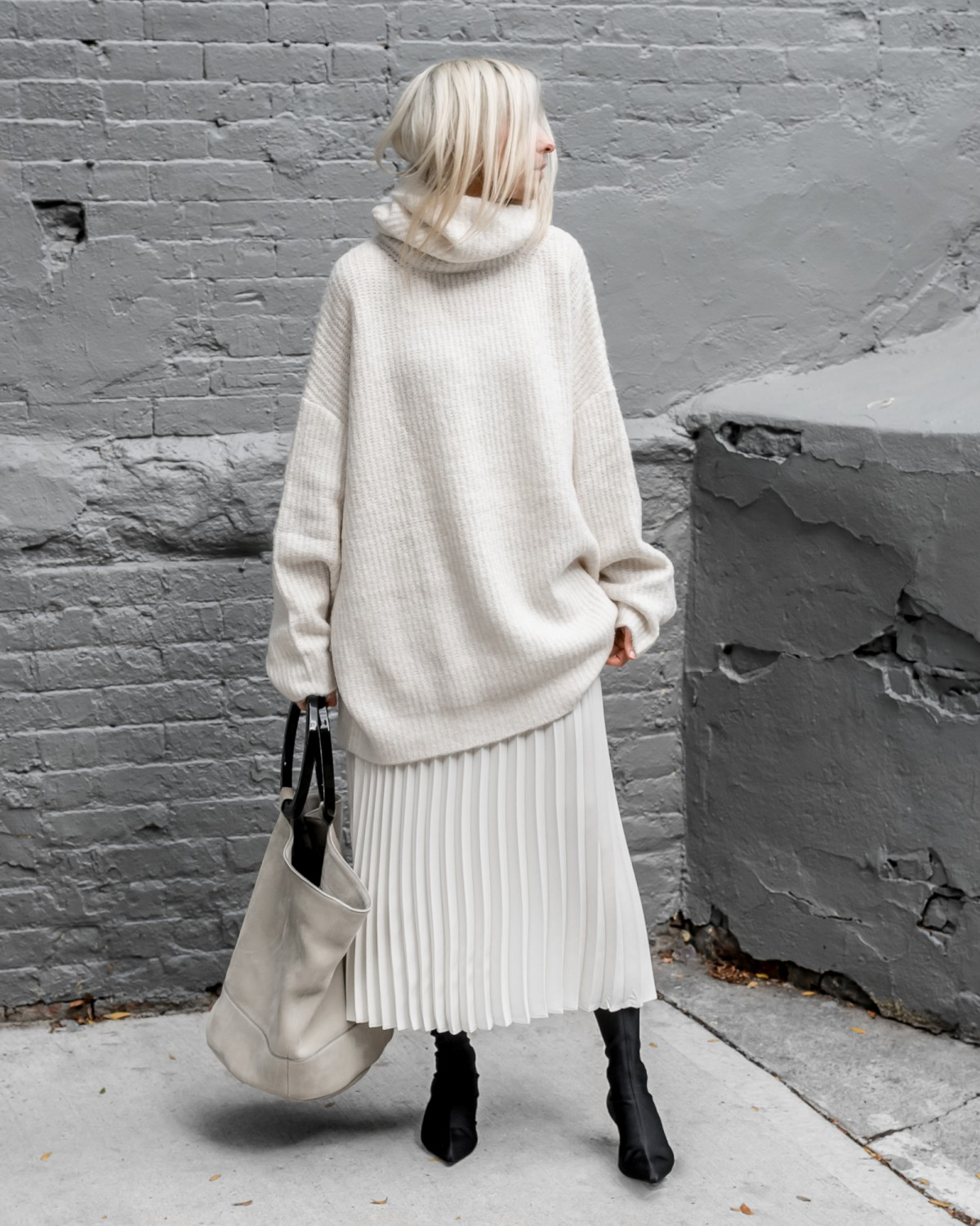 figtny.com | Oversized in Winter Whites