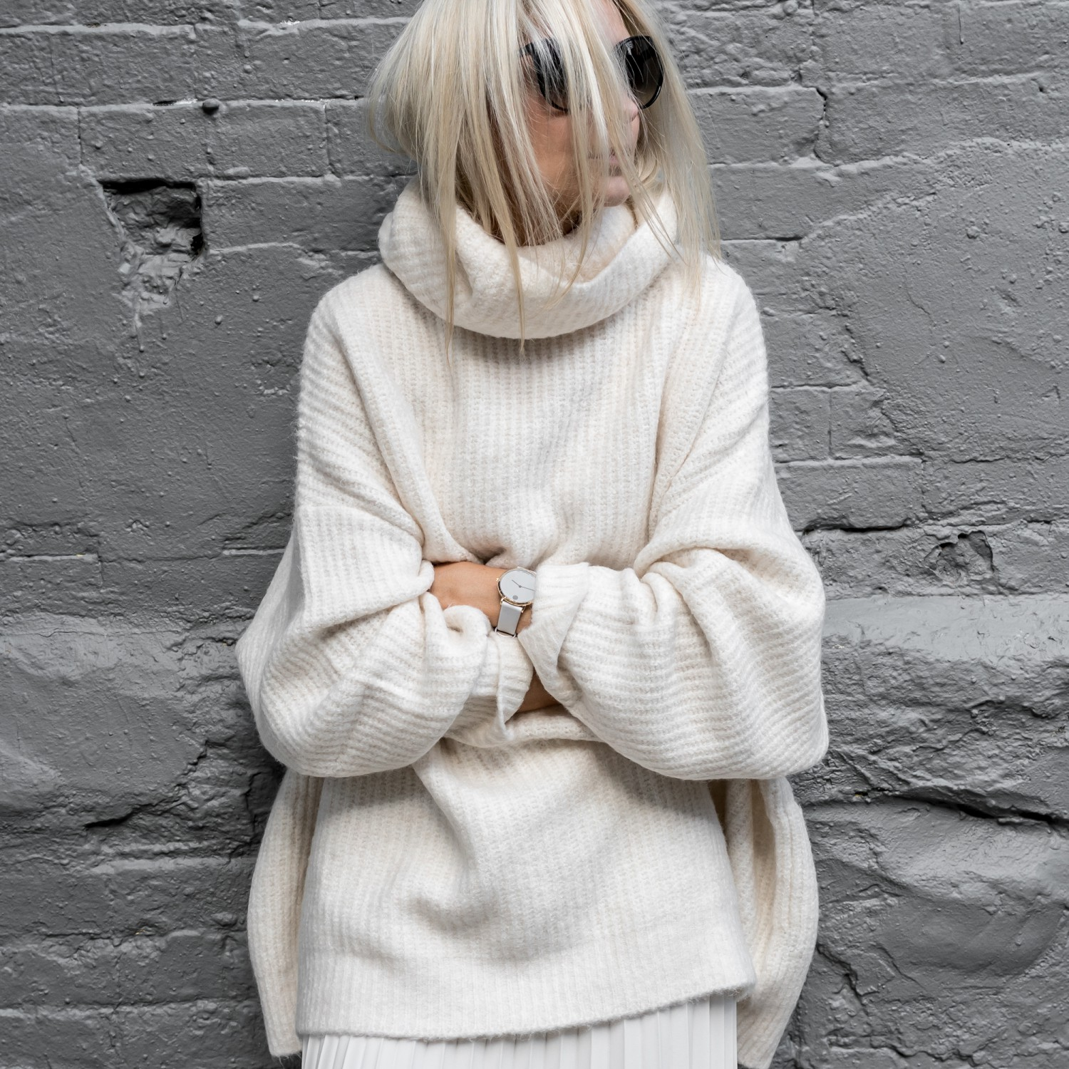 figtny.com   Oversized in Winter Whites